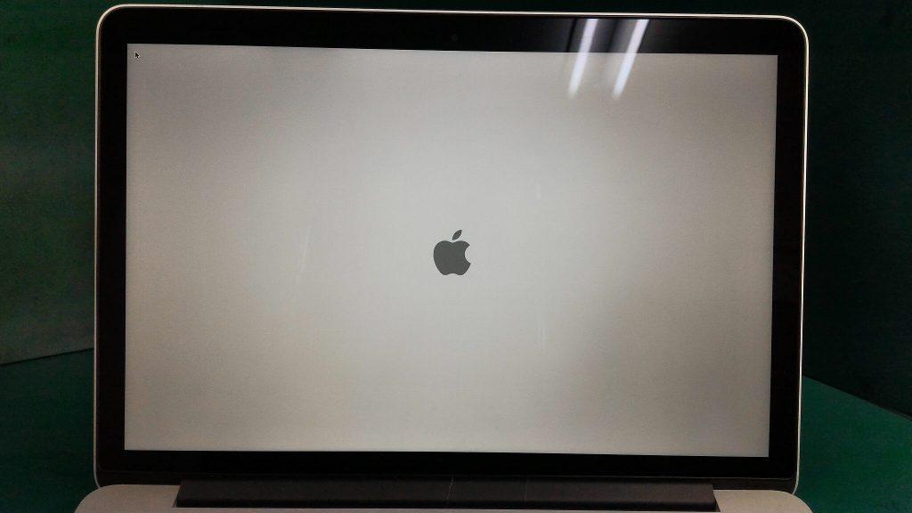 MacBook Pro Retina13.3inch画面割れ修理③