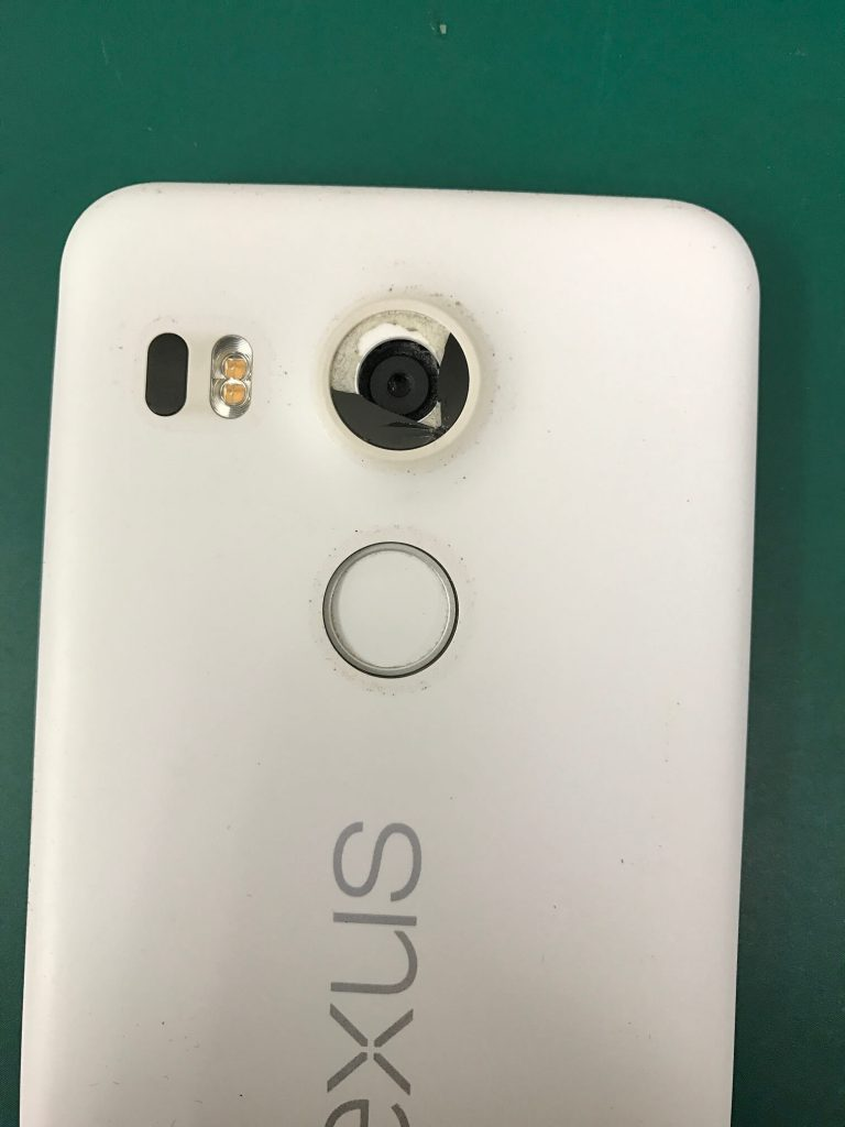 Nexus 5Xカメラガラス割れ