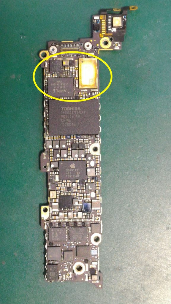 iPhone5水没修理②